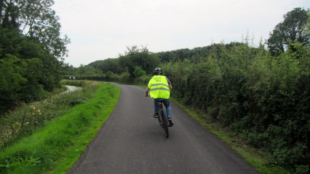newry canal towpath scarva cycle hire