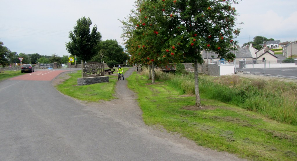 newry canal towpath scarva cycle hire poyntzpass