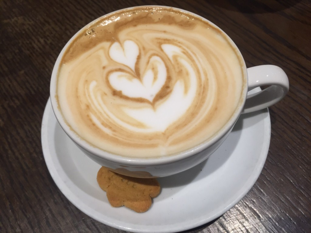 ground coffee gingerbread latte