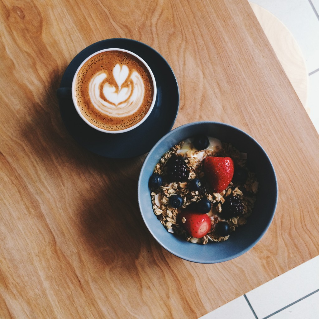 south belfast breakfast indigo granola berries
