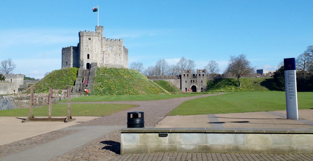 cardiff on foot castle fort
